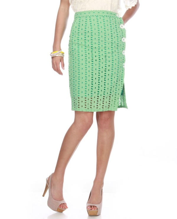 Knitted Dove Cute as a Button Green Skirt